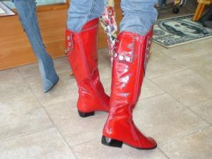 High varnish boot (on two snakes). 2sm.kabluk.