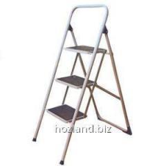 Лестница стремянка семейная 3ст. метал. окрашена (с ковриком)