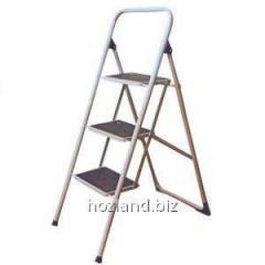 Лестница стремянка семейная 4ст. метал. окрашена (с ковриком)