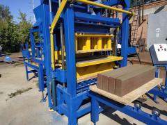 KVP-858 vibrating press for production of paving