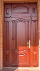 Деревянная дверь с резьбой Арт. Р05