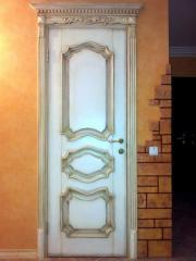 Деревянная дверь с резьбой Арт. Р06