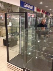 Торговая витрина из стекла