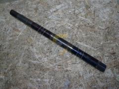Валик передачи привода шнека прямой под шпонку Фамарол Z511