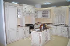 Kitchen z natural tree, Angl_ysky style