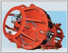 Centralizers internal hydraulic self-propelled