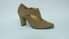 Туфли закрытые женские на каблуке. Модель 2581221
