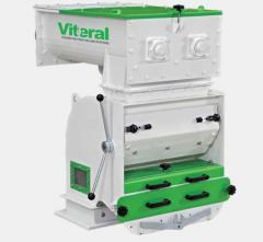 Питатель молотковой дробилки модель VHF400