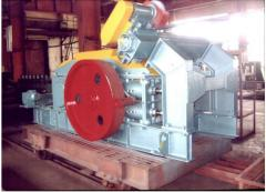 Rollers of a high milling of ceramic mass of USM