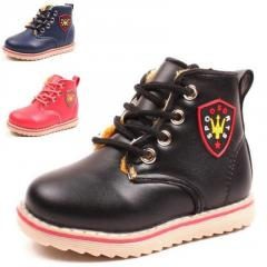 Модная, утепленная, зимняя детская обувь с утеплителем высокого качества для мальчиков и девочек.