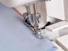 Overlock's foot for a secret stitch