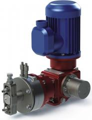 Double entry pump for clean liquids e...
