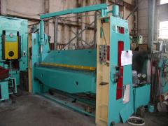 The hydraulic press brake with a rotary beam of IV2144 (kromkogib) 1988 after a cap. repair