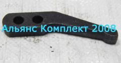 Рычаг отжимной корзины сцепления Д-260 трактора МТЗ-100