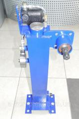 Oil tank with pump dispenser mounting and...