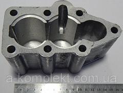 Крышка гидрораспределителя Р-80 нижняя (утюг) V-2
