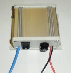 Зарядное устройство с регулятором,импульсным