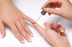 Nail varnish the strengthening medical