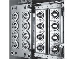 Compression molds for RTI