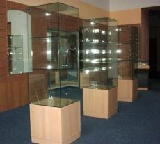 Выставочные витрины с УФ-пленкой №1/1 шт