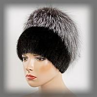 قبعات النساء