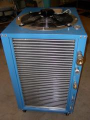 Cooler (chiller, cooler) with air cooling of the