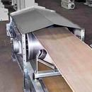 The conveyor is tape horizontal