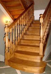 Дубовые лестницы  производство