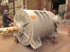 Асинхронные электродвигатели с фазным ротором серии АКН 4, АКНЗ-4