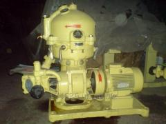 Сепараторы  центробежные  марки СЦ-1,5 СЦ-3 ,