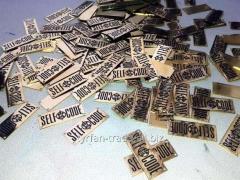 Изготовление бирок металлических для одежды...