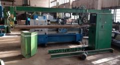 Folding and seaming machine