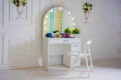 Визажный стол №11 с подсветкой