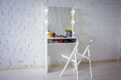 Туалетный столик №7 для дома и салона красоты