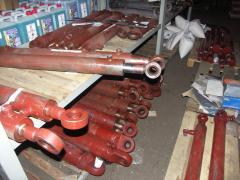 Hydraulic cylinders for hook-on equipment,