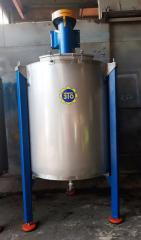 Mixer volume of 1,200 liters, vertical,