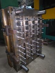 Прессформы для производства ПЭТ-преформ.