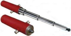 Hydraulic cylinders are tractor