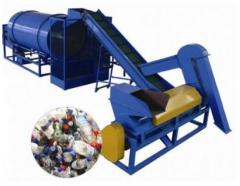 Equipment for processing of polymeric salvage