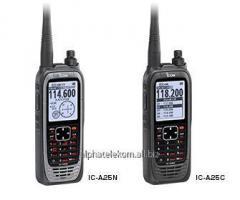 Носимая радиостанция авиационного диапазона Icom