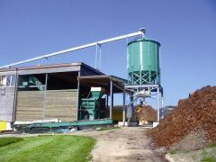 The bunker for pellet, fuel granules, grain and