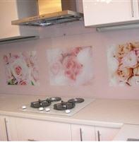 Кухонные фартуки стеклянные