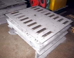 Equipment for molding