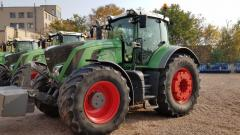 The tractor FENDT 936 VARIO, Profi