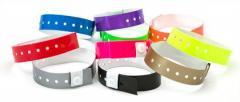 Vinyl bracelets - control of visitors