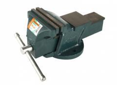 Тиски слесарные Sturm 140 мм(1075-04-140)