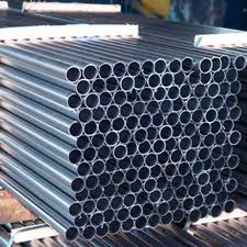 Welded pipes always available with delivery.