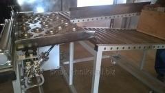 Поворотный пневматический стол-рольганг для