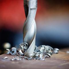 Инструмент ручной для работы с листовыми металлами