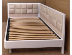 Деревянная односпальная кровать